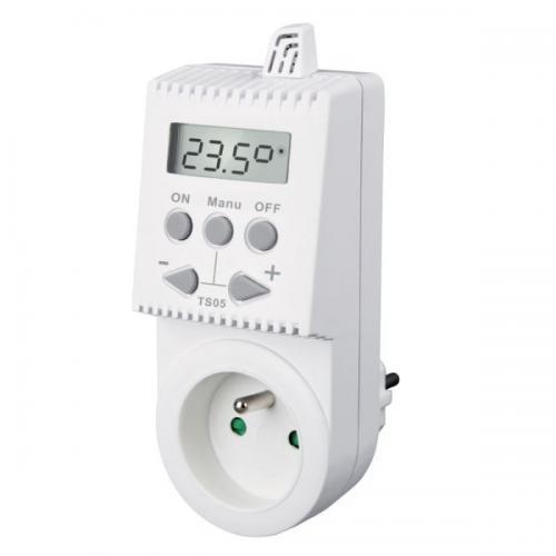 Zásuvkový termostat TS05 manuální s displejem